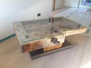 Tisch-rustikal