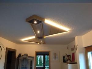 Deckenbeleuchtung-Holz